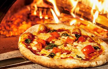 季節のピザ作り体験 30分~40分